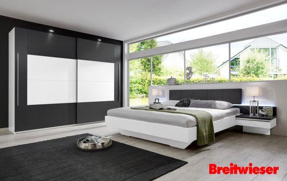 Komplettes Schlafzimmer in weiß und schwarz Kleiderschrank passend