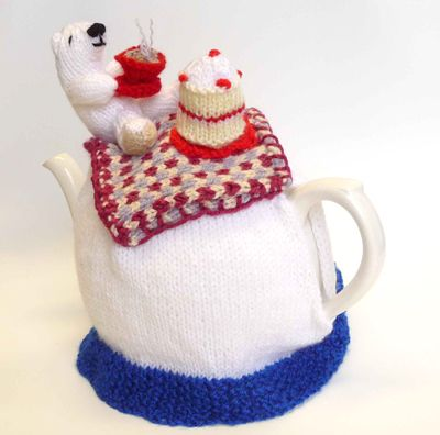 ❄Knit Tea Cosies, Mug Hug Snugs and Cuppa Cosies. Polar Bear Picnic Tea cosy:
