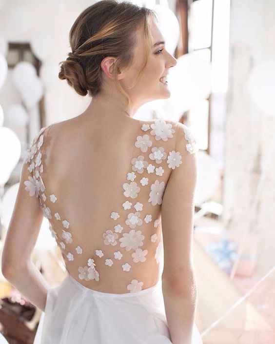 wedding dress from Noya Bridal 2016 | I take you - UK wedding blog #weddingdress #bridaldress #weddingdresses