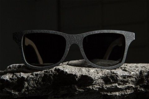 Lentes hechos de piedra. Wear your man. Mens fashion from http://findanswerhere.com/mensfashion