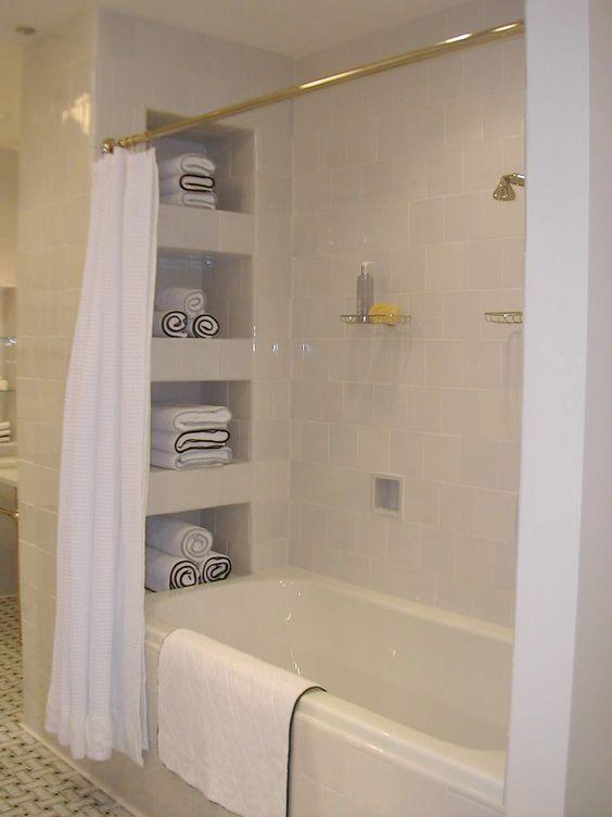 Waterworks chicago showroom display bathrooms for Bathroom showroom chicago