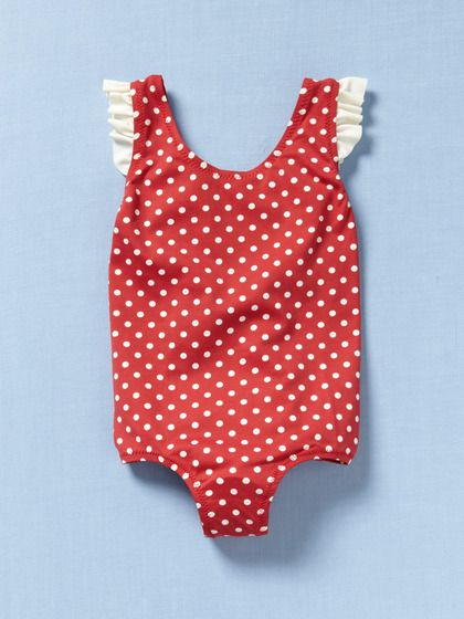 Let's learn to swim! So cute for #summer babies.