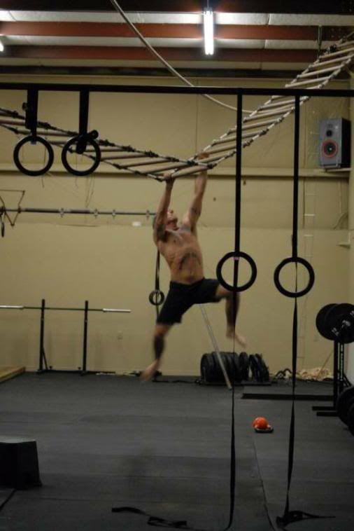 Compound Crossfit GymPersonal Training Chesapeake Virginia - Build monkey bars ladder