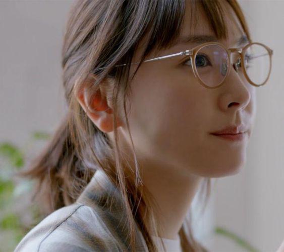 眼鏡の新垣結衣
