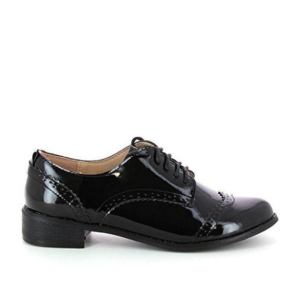 Go Tendance - Derbies Richelieus vernis à talonnettes et à lacets - Femme #Ville #chaussures http://allurechaussure.com/go-tendance-derbies-richelieus-vernis-a-talonnettes-et-a-lacets-femme/