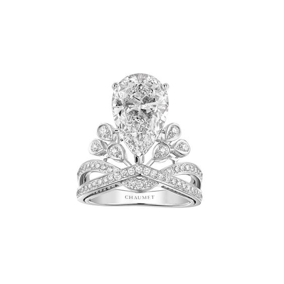 A #tiara for the finger. @Chaumet Josephine #ring, inspired by the empress' grace and power http://ow.ly/PGvux