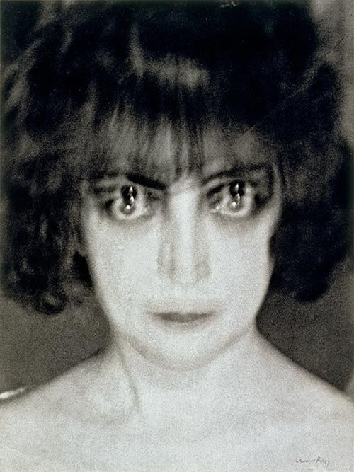Man RAY - Countess Casati, c. 1928