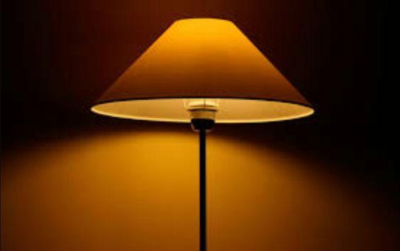 Met lamplicht gebruik je een lamp om iets te verlichten
