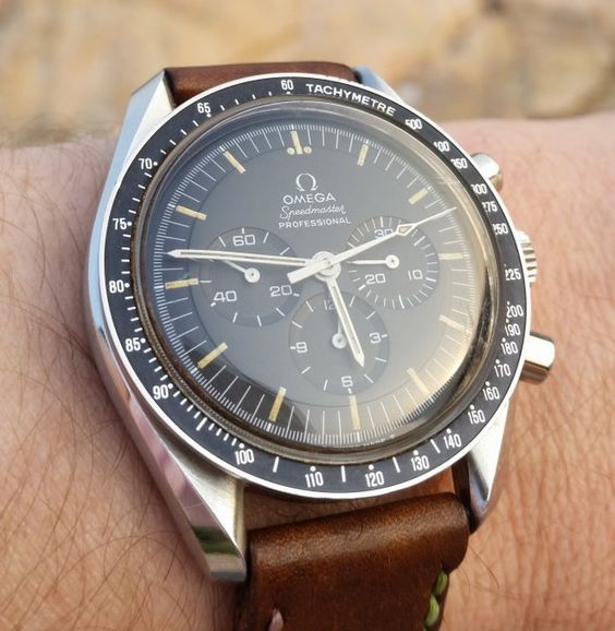 OMEGA Speedmaster Pro Moonwatch In Stainless Steel Calibre 861 Circa 1980s - http://omegaforums.net