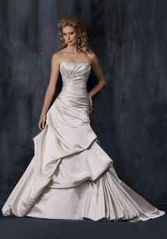Maggie Sottero style:Carrie