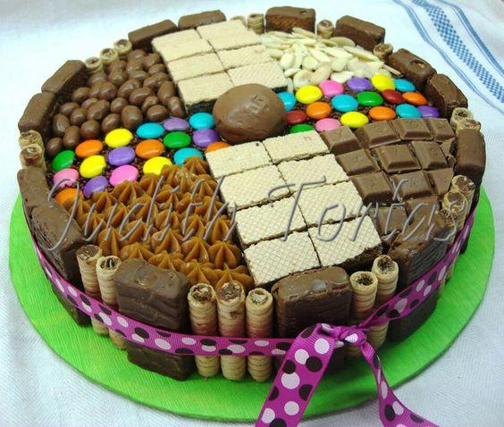 Torta decorada con golosinas tortas cakes con golosinas - Adornos con golosinas ...