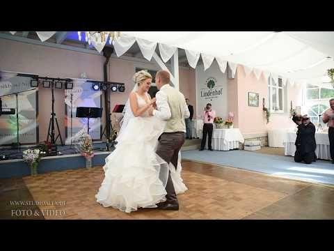 Hochzeitstanz Hochzeitswalzer In Regensburg Von Linda Alex Youtube In 2020 Hochzeitstanz Hochzeitswalzer Hochzeit
