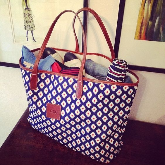 Road trip to #olemiss. Love the classic, #nautical blue and red! #lotd #currentlywearing Web Instagram User » Followgram