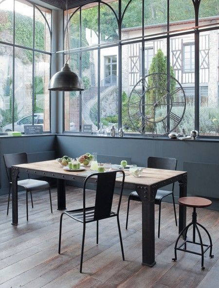 Industrial furniture veranda industrielle chassis industriel id es extension pinterest - Mobilier de veranda ...