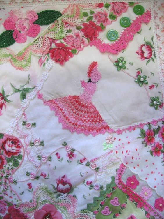 Mini quilt made from vintage hankies doilies