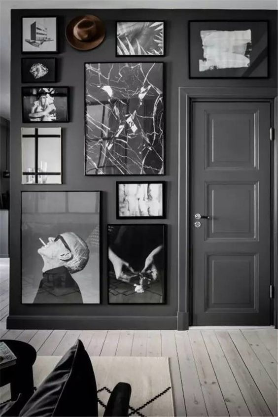 Framed photos will also be a big hit this year for your dreamy #home, so we picked eight arrangements that you can use to organize your favorite pictures. Get inspired, be organized and start making a