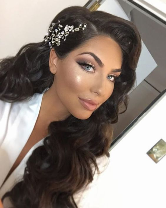 99 Popular Bridal Hairstyle And Makeup Ideas For 2019 How To Make Your Bridal Hairst Wedding Hair And Makeup Bridal Hair And Makeup Summer Wedding Hairstyles