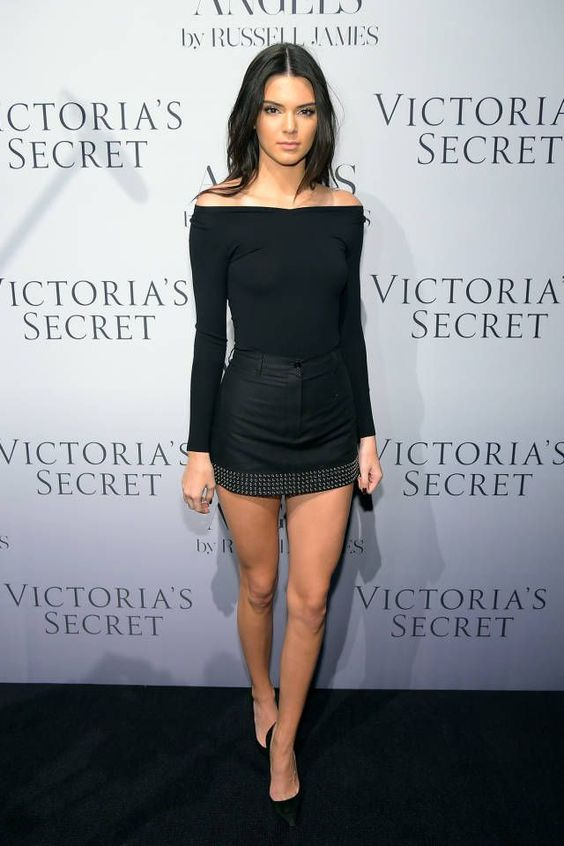 Kylie Jenner so hot at a Victoria Secret event. . ♥ Like my pins? Pls share and visit my celebrity site at www.celebritysize... ♥ #celebritysizes