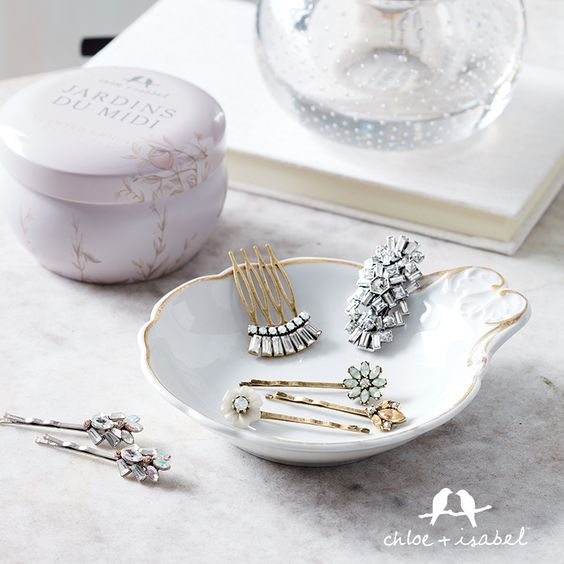 Presidents Day sale starting today at Noon EST.  Buy 2 get one free (site wide.)  You can even tag a friend + split the cost wink. Make sure to check the website this is a great deal. Sale ends Feb 15th at midnight!! https://www.chloeandisabel.com/boutique/cuteclassy