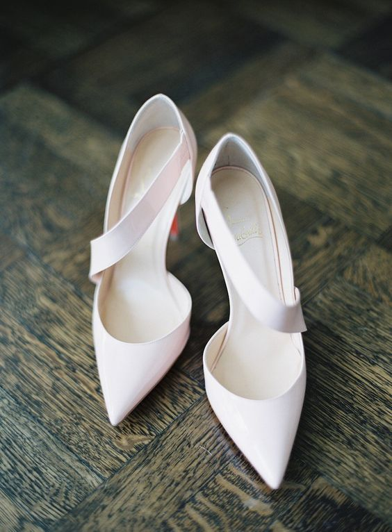elegant white wedding shoes  ~  we ❤ this! moncheribridals.com