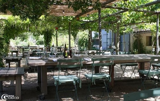 La Chassagnette Camargue Restaurant, Provence, France: Blog Alamodeus, Garden Ideas, Favorite Places, Alamodeus Tall, Beautiful Places, Eating Places, Places To Go, Provence France