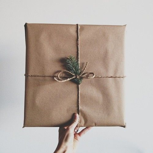 Cute gift wrap idea! ----umbel/space
