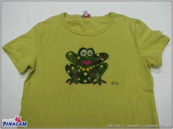 Pintura en tela. Camiseta pintada por Maruchi. #manualidades #pinacam #pintura #tela                               www.manualidadespinacam.com