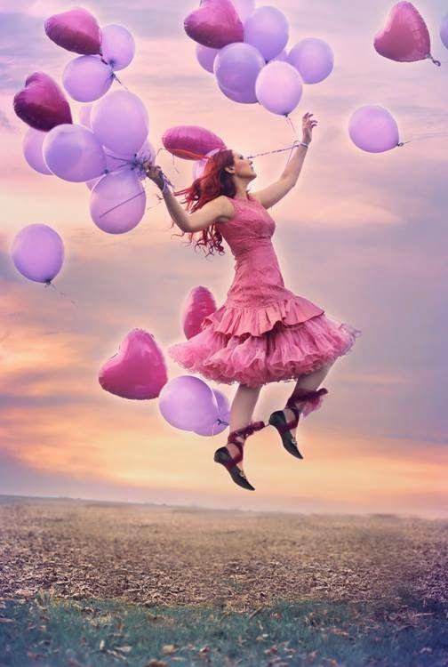 Cada idade tem a sua beleza e essa beleza deve sempre ser uma liberdade.   Every age hás its beauty and that beauty should always be freedom.