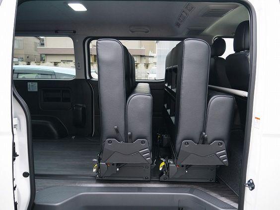 ハイエース 維持費の安い4ナンバー8人乗りfd Box5に1300mmシートデビュー ハイエース Vw キャンピングカー ハイエース 内装