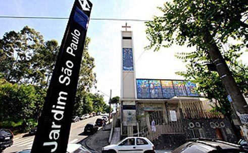 Jardim São Paulo, Estação do Metrô e Igreja Nossa Senhora Aparecida