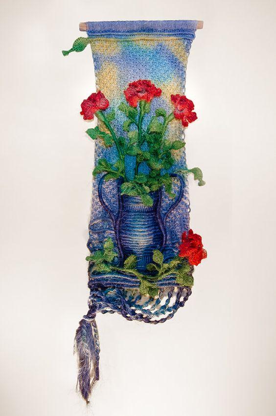 tenture murale de macram vase de roses la main avec de la - String Color La Ficelle