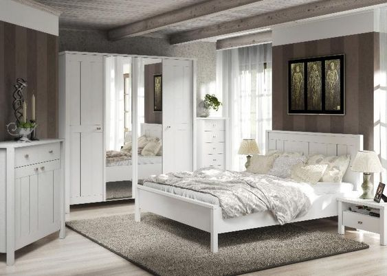 schlafzimmer komplett village ganz in weiss ganz im landhausstil moebel f r ihr. Black Bedroom Furniture Sets. Home Design Ideas
