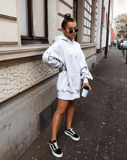 12 Vans Old Skool Sneakers Styles in 2020 | Fashion outfits, Cute ...