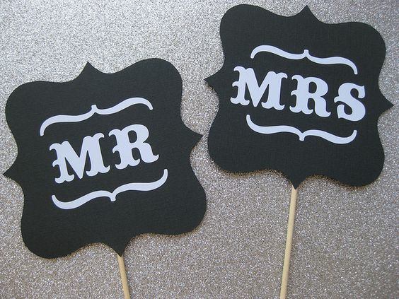 mr and mrs cupcake signs