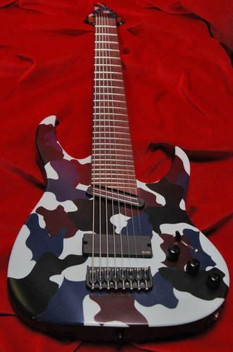 shamray 8 string custom!  i want!