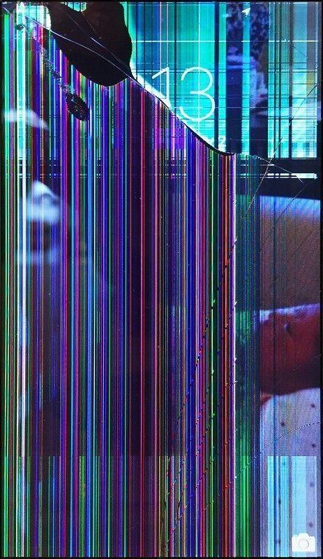 Pin By نفيسة On Lustiger Bildschirmhintergrund In 2020 Broken Screen Wallpaper Glitch Wallpaper Lock Screen Wallpaper Iphone Iphone wallpaper broken screen images