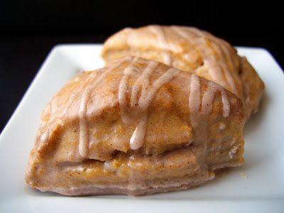 mini pumpkin scones with cinnamon glaze | Pumpkin Scones, Mini ...
