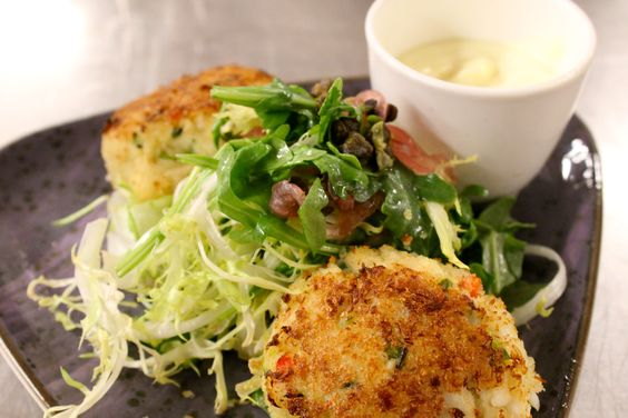 Mini Drake Crab Cakes #CoqdOr #REALCHICAGO #Food #classic #delicious #yum #seafood thedrakehotel.com/dining
