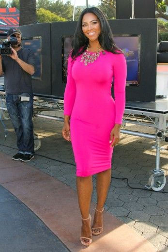 Kenya Moore--Shes a bitch but a good looking one tho