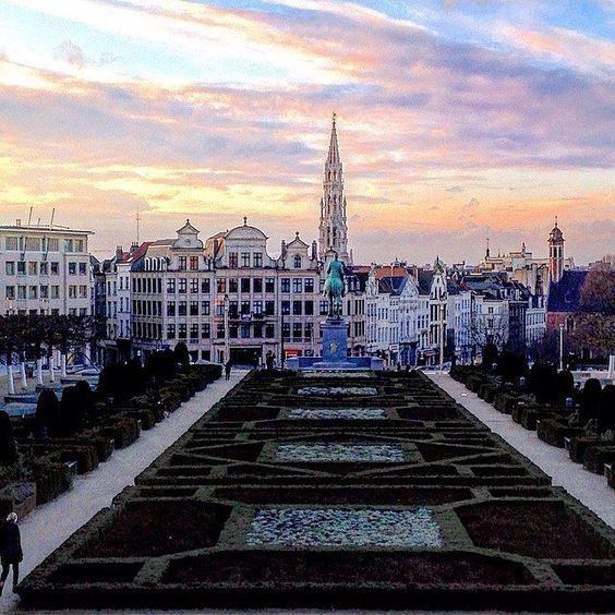 Mont des Arts, situé à Bruxelles #belgium #belgique #brussels #bruxelles…