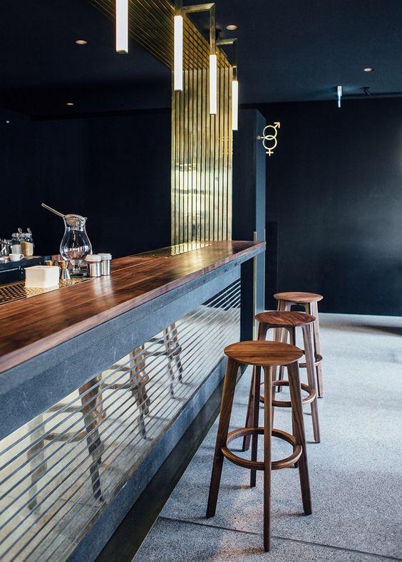 Brass lines making success in Modernist Herzog Bar & Restaurant München | News & Events by BRABBU DESIGN FORCES | See more: https://www.brabbu.com/en/news-events/architecture/brass-lines-making-success-modernist-herzog-bar-restaurant-munchen