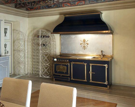 Blaue Kuchenzeile Kupfer Goldene Motive Luxuskuchen Toskanische Kuche Kuche