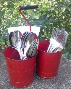 Kraft Klub Triple Bucket with Handle in Red Enamel.  I can think of many uses but this is so going on my new picinic table!  Cute!