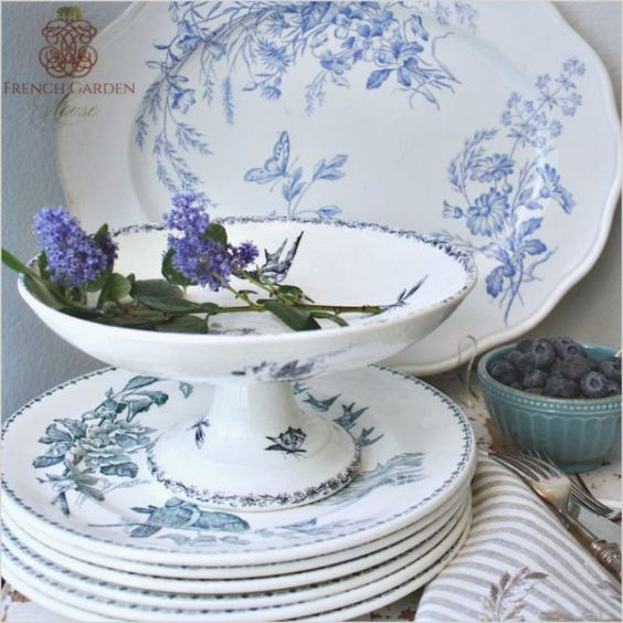 A color crush that lasts forever, Blue & White.