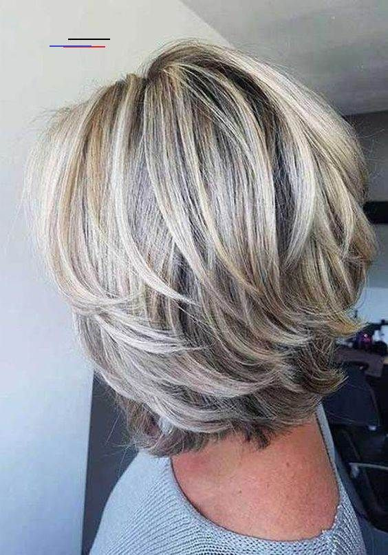 10 Cute Easy Short Layered Hairstyles For Women Shortlayeredhairstyles Short Layered Hair Is Best For Women Who Want T I 2020 Mellemlangt Har Kortharet Frisure