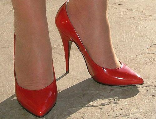 High heel nylons