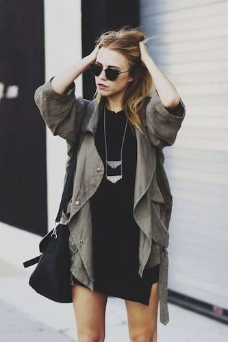 Robe pull noir veste kaki ou robe longue noir Simone basket blanche