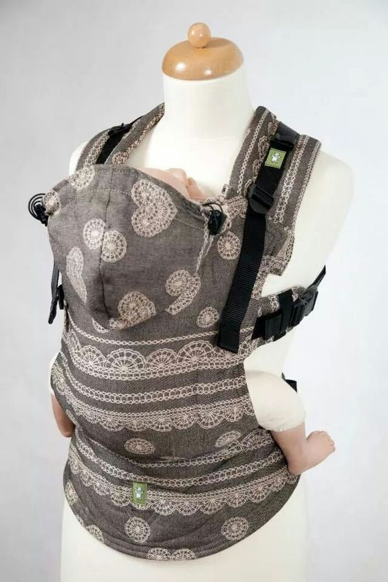 Lenny lamb ergo baby carrier. WaNT!