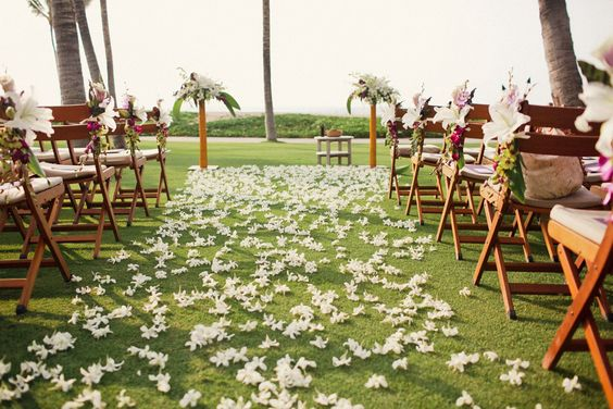 White on White Hawaii Wedding