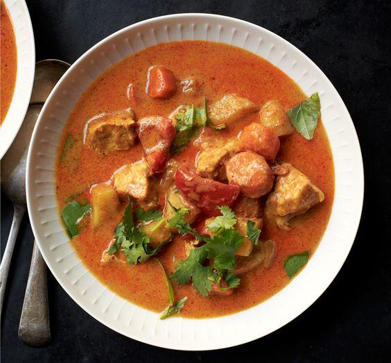 Thai Chicken Curry | Recipe | Chicken curry recipes ...